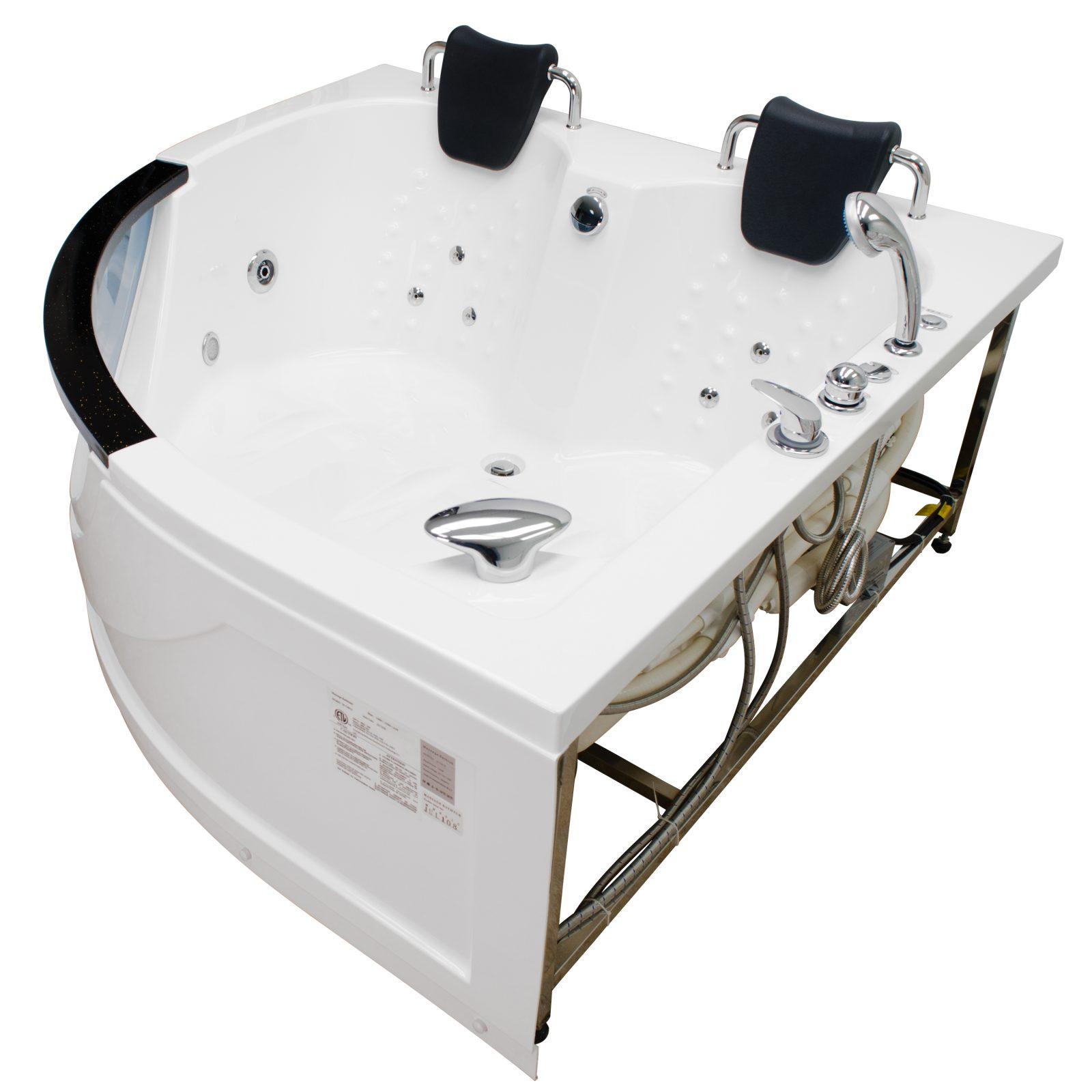 Play Chelsea Spoiling Spa Bath on GirlGcom